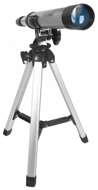 SturmanF30030TX телескоп4230Sturman 30030ТХ - линзовый телескоп-ахромат начального уровня с фиксированным увеличением 30х, подойдёт для любознательных школьников и детей старше 6 лет. Сборка и установка на штатив не требуют дополнительных знаний или инструментов, 5 минут - и телескоп готов к обзорным наблюдениям ночного неба. Упакуйте оптическую трубу, штатив и аксессуары в компактный пластиковый чемоданчик с крепкой ручкой, и спокойно перевозите инструмент в машине или несите в руках - всё будет в целости и сохранности.Рефракторы менее чувствительны к неблагоприятным эксплуатационным условиям, чем рефлекторы, и не требует дополнительной юстировки. Ахроматический объектив используется для уменьшения хроматизма и аберраций. Труба телескопа устанавливается на обычную вилочную альт-азимутальную монтировку, оснащённую одним крепёжным винтом. Управление и наведение выполняется вручную, не требует специфических знаний и под силу каждому школьнику.С помощью SturmanF30030 TX и под чутким руководством взрослого ребёнок приобретёт начальные знания по астрономическим наблюдениям, запомнит расположение планет на ночном небе и даже отыщет на Луне кратеры диаметром от 20 км. Перед ним откроется удивительный и завораживающий мир, о котором непременно захочется узнать больше.Модель рекомендуется для начальных астрономических наблюдении за планетами и Луной (с установкой на настольный штатив), подойдёт для наземных наблюдений в качестве подзорной трубы.