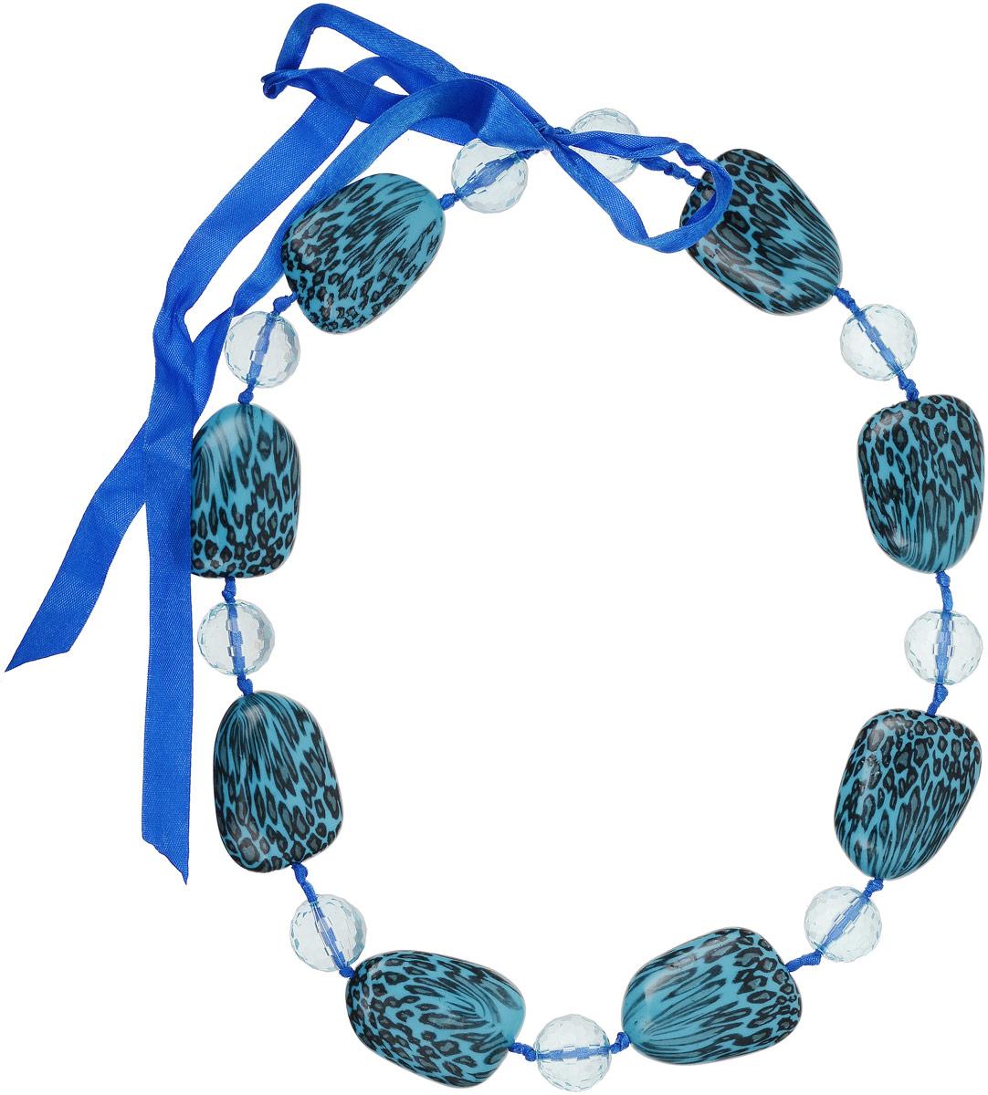 Ожерелье Art-Silver, цвет: бирюзовый. 35355-482Колье (короткие одноярусные бусы)Ожерелье Art-Silver на текстильной основе оформлено крупными искусственными камнями и бусинами. Модель завязывается на ленту.