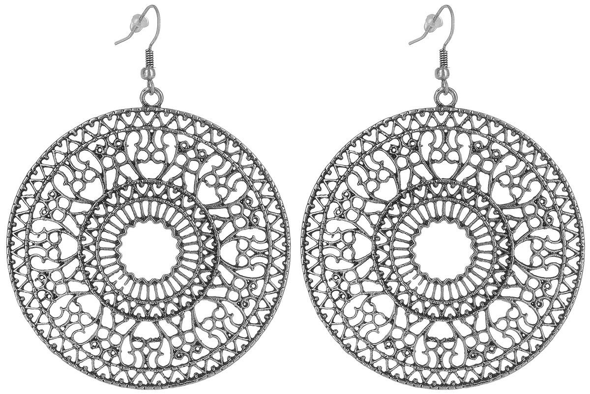 Серьги Art-Silver, цвет: серебряный. 03006034-204Пуссеты (гвоздики)Овальные серьги Art-Silver выполнены из бижутерного сплава. Модель оформлена узорным орнаментом. Изделие застегивается с помощью замка-петли с заглушкой.