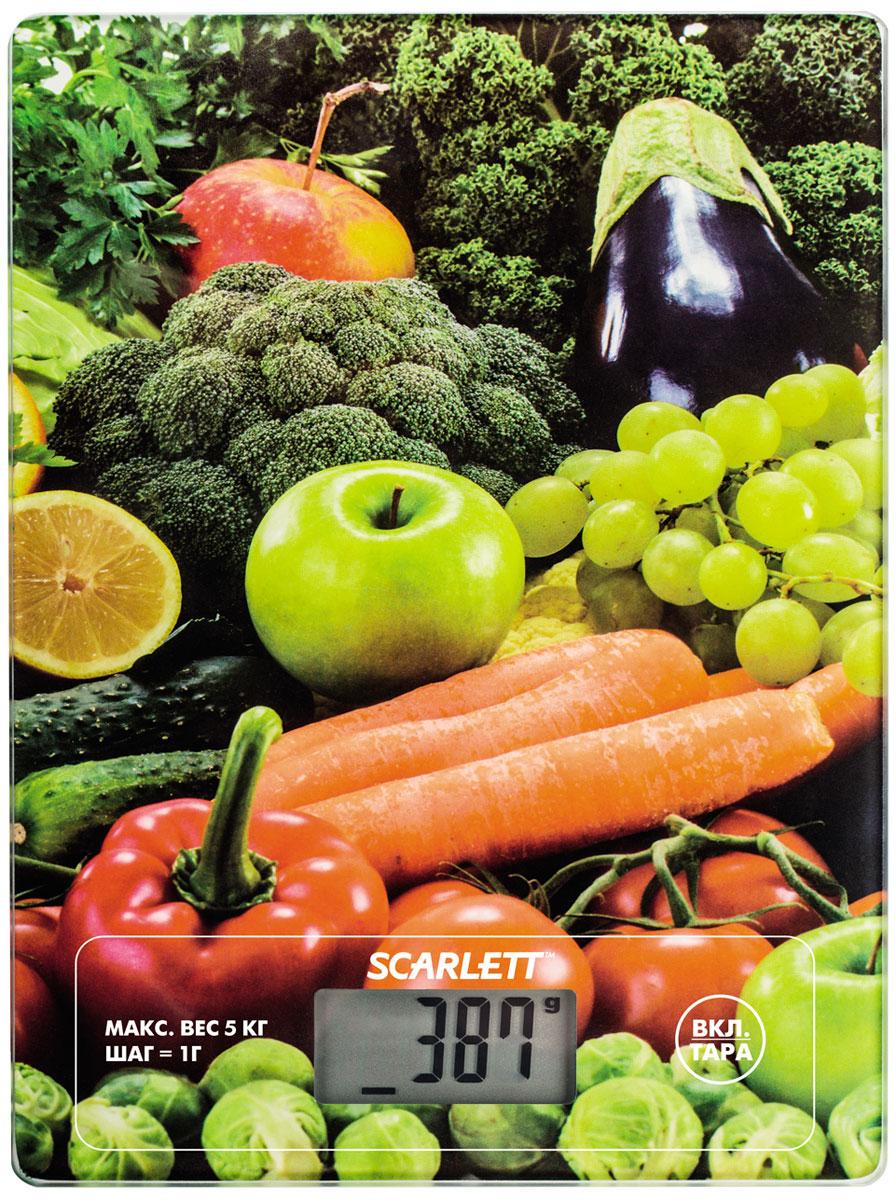 Scarlett SC-KS57P11 Fruits & Vegetables весы кухонныеSC-KS57P11Электронные кухонные весы Scarlett SC-KS57P11 станут незаменимым помощником на вашей кухне и позволят достаточно точно взвесить необходимое количество ингредиентов для любого блюда. За счет своих компактных размеров им найдется применение на любой, даже самой маленькой кухне, а яркий цветовой дизайн привлечет внимание.Платформа выполнена из закаленного стекла, а на цифровом табло отображаются все характеристики присущие электронным весам: тарокомпенсация, индикация перегрузки или заряда батареек. Несомненным плюсом данной модели является измерение объема жидкости.