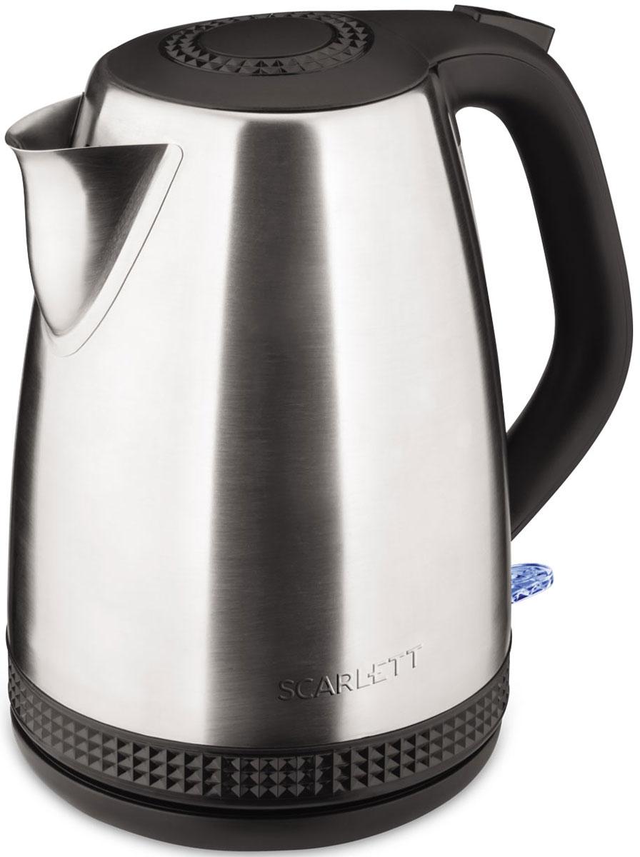Scarlett SC-EK21S46, Steel электрический чайникSC-EK21S46Электрический чайник Scarlett SC-EK21S46 кипятит воду быстро, чтобы сэкономить ваше время.Удобная ненагревающаяся ручка дает возможность крепко удерживать наполненный чайник, сверху на ней расположена кнопка включения. Воду можно налить, подняв крышку за ручку, имеющуюся на ней, либо через носик, не открывая чайник. О том, что прибор включен, свидетельствует световая сигнализация на корпусе.Нагрев воды производит скрытая спираль, поэтому очистить чайник от накипи легко и удобно. Когда вода закипит, чайник автоматически отключается, индикация гаснет. Система безопасности прибора не допустит включения пустого чайника или с недостаточным количеством воды.Носик чайника оборудован съемным фильтром, исключающим попадание накипи в чашку, его можно промывать под проточной водой. На круглой нагревательной базе можно расположить чайник, как вам удобно, поворачивая на 360°, а сама подставка не нагревается и предохраняет стол от повреждения.