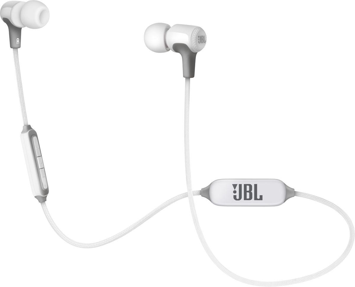 JBL E25BT, White беспроводные наушникиJBLE25BTWHTВнутриканальные беспроводные наушники JBL E25BT - это легендарный звук JBL, автономная работа от аккумулятора в течение 8 часов и удобный нашейный держатель, который поддерживает наушники, обеспечивая комфорт при пользовании ими в течение длительного времени. Вы также сможете с легкостью переключаться с прослушивания музыки на своем портативном устройстве на прием телефонного вызова, чтобы никогда не пропускать звонки. Добавьте к этому удобство трехкнопочного пульта управления с микрофоном и неплохой выбор расцветок - и уже скоро вы поймете, насколько сильно вы привыкли к этим наушникам.