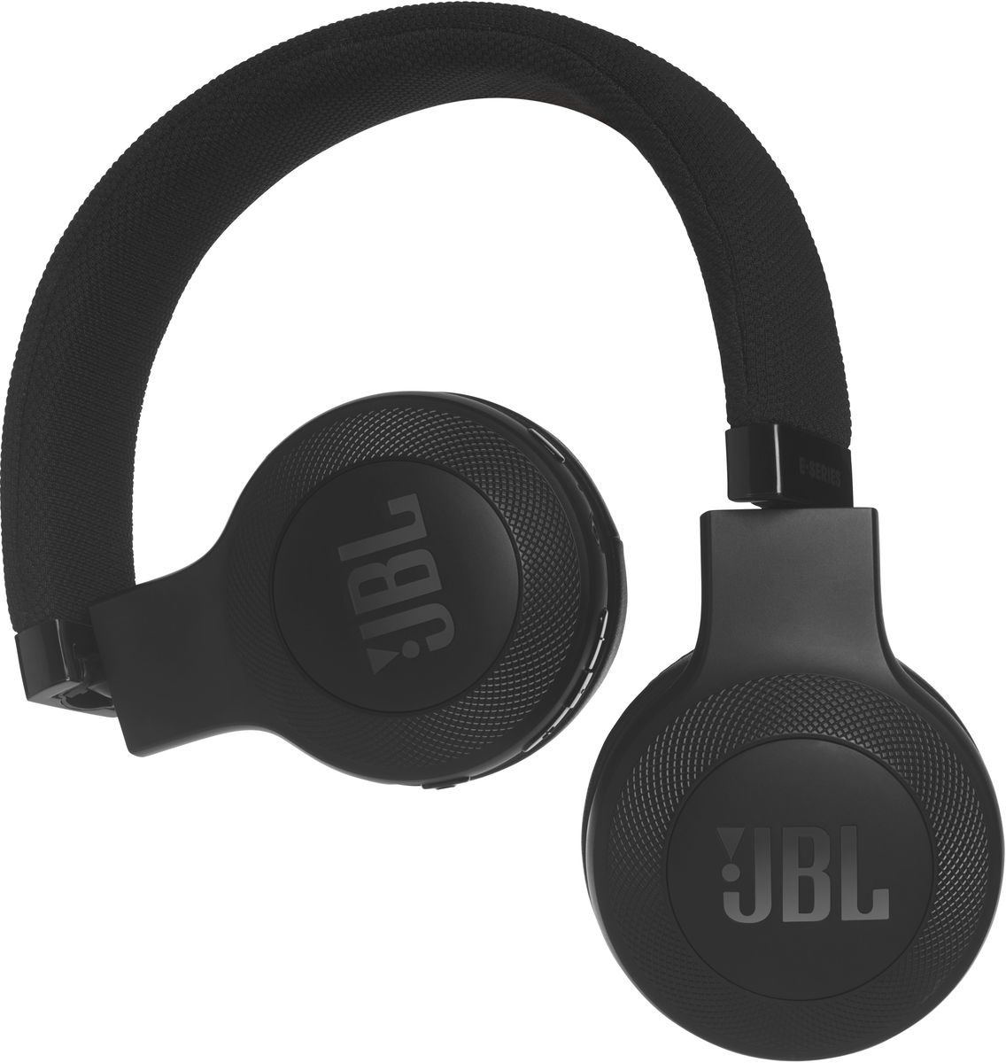 JBL E45BT, Black беспроводные наушникиJBLE45BTBLKБеспроводные накладные наушники JBL E45BT доставят легендарный звук JBL прямо вам в уши. E45BT — одна из наиболее универсальных моделей, отличающаяся длительной работой от аккумулятора (до 16 часов), инновационным, стильным оголовьем с тканевой отделкой и эргономичным накладным дизайном. Это значит, что вы можете не расставаться с любимой музыкой и получать дополнительное удовольствие, где бы вы ни были — на работе, в транспорте или просто в городе. Вы можете с легкостью переключаться с прослушивания музыки на своем портативном устройстве на прием телефонного вызова, чтобы никогда не пропускать звонки. Благодаря элегантному внешнему виду, различным цветам и дополнительному удобству съемного кабеля с пультом управления и микрофоном вам никогда не захочется расставаться с наушниками E45BT. Они привнесут в вашу жизнь яркость и удовольствие.