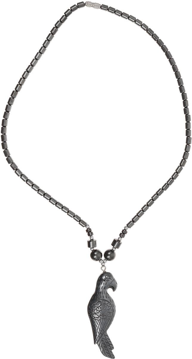 Колье Револю Попугай, цвет: черный. П7503Колье (короткие одноярусные бусы)Размер подвески: 20 х 60 мм. О, это украшение выглядит так, словно его покрывает напыление из чёрного металла! Между тем, это камень, и притом очень мягкий и нежный - это гематит! Эффектный вид этого неординарного камня каждому украшению придаёт новое звучание, но эта вещица по-особенному мила!