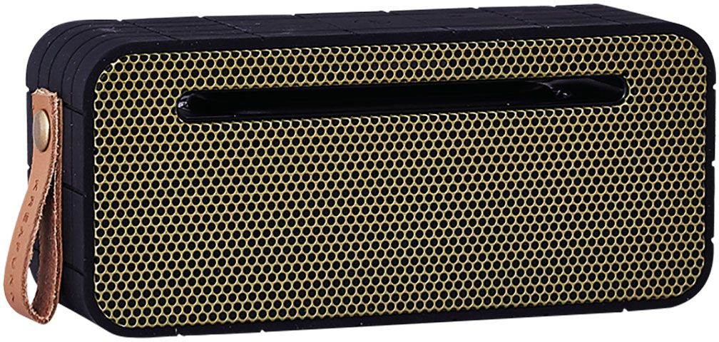 Kreafunk aMOVE, Black беспроводная портативная колонкаKfng62Kreafunk aMOVE - компактная беспроводная колонка в стильном ретро-дизайне. Подключается к смартфону через Bluetooth или с помощью кабеля 3,5 мм (mini-jack), который входит в комплект. Колонка способна работать до 20 часов без подзарядки (при 80% громкости), а благодаря встроенному микрофону с системой hands free можно принимать звонки. Корпус имеет нескользящее прорезиненное покрытие, что придает ему дополнительную устойчивость. aMOVE компактная и легкая, ее можно брать с собой на пляж, пикник, в поход или в путешествие. Колонку также можно использовать в качестве зарядного устройства. Качественное воспроизведение звука, простота эксплуатации и лаконичный дизайн не оставят равнодушными всех ценителей прекрасного. Поставляется в красивой деревянной коробке, которую украшают слова из песни Боба Марли: Одна хорошая вещь о музыке, когда она бьет по вам, вы не чувствуете боли.Емкость аккумулятора: 1800 мАч