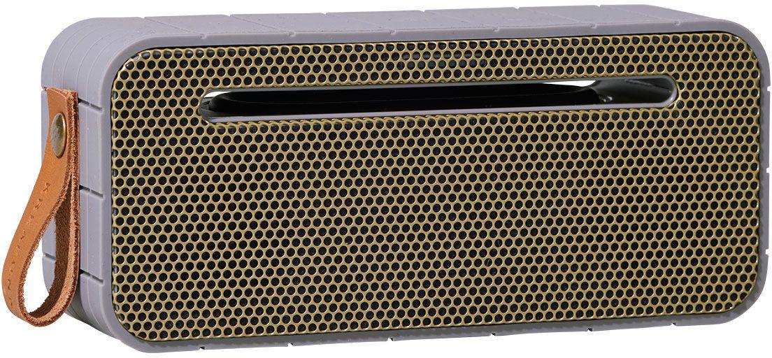 Kreafunk aMOVE, Grey беспроводная портативная колонкаKfng69Kreafunk aMOVE - компактная беспроводная колонка в стильном ретро-дизайне. Подключается к смартфону через Bluetooth или с помощью кабеля 3,5 мм (mini-jack), который входит в комплект. Колонка способна работать до 20 часов без подзарядки (при 80% громкости), а благодаря встроенному микрофону с системой hands free можно принимать звонки. Корпус имеет нескользящее прорезиненное покрытие, что придает ему дополнительную устойчивость. aMOVE компактная и легкая, ее можно брать с собой на пляж, пикник, в поход или в путешествие. Колонку также можно использовать в качестве зарядного устройства. Качественное воспроизведение звука, простота эксплуатации и лаконичный дизайн не оставят равнодушными всех ценителей прекрасного. Поставляется в красивой деревянной коробке, которую украшают слова из песни Боба Марли: Одна хорошая вещь о музыке, когда она бьет по вам, вы не чувствуете боли.Емкость аккумулятора: 1800 мАч