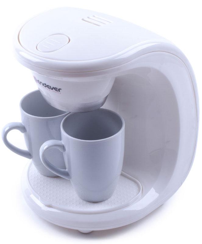 Endever Costa-1040, White кофеваркаCosta-1040Kофеварка капельного типа Endever Costa-1040 в комплекте с двумя фарфоровыми чашками, отличается одновременной подачей кофе на две чашки. Съёмный моющийся нейлоновый фильтр обеспечит долговременное использование прибора.Одновременная подача кофе сразу на две чашкиСъёмный моющийся нейлоновый фильтр