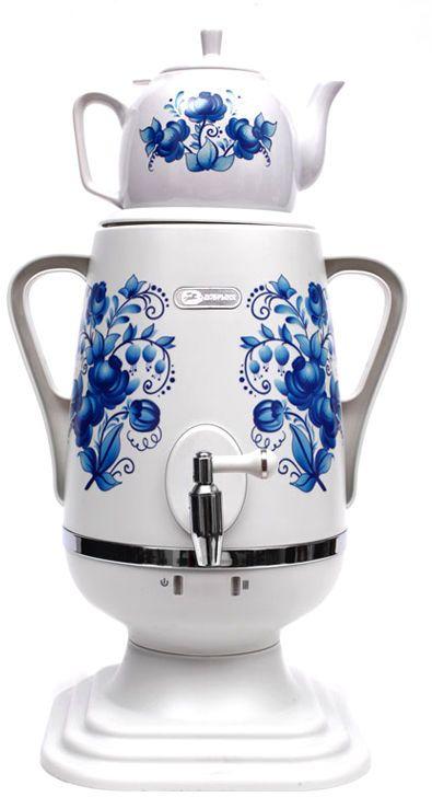 Добрыня DO-421 электрический самоварDO-421Самовар DO-421 станет прекрасной альтернативой обычному чайнику. Украшенный росписью в исконно-русском стиле, он сделает ваш интерьер оригинальным и подчеркнет принадлежность к русской культуре. Кроме того, данная техника обладает рядом технических преимуществ: двойные стенки, наличие заварочного чайника, несколько температурных режимов, встроенный термостат – все это значительно упрощает процесс использования самовара. Вода в самоваре нагревается максимально быстро, и ее температура удерживается длительно время. Самовар Добрыня станет прекрасным и оригинальным подарком к любому празднику!Технические характеристики: - керамический заварочный чайник 1 л. со сменным моющимся фильтром из нержавеющей стали в комплекте- хромированный кран- функция термопота- мощность в режиме подогрева 100 Вт- напряжение сети 220 В- дисковой нагреватель, световая индикация работы, автоматическое отключение, защита от перегрева при выкипании воды.