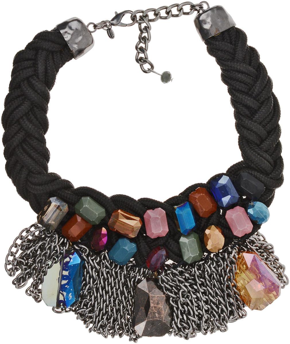 Колье Taya, цвет: черный, мультиколор. T-B-9551Колье (короткие одноярусные бусы)Основа украшения сплетена колоском из черных жгутиков и дополнена удлиняющей цепочкой с замочком-карабином. В центре хаотично сверкают камни разного цвета и огранки. Гламурности украшению придает сочетание металлических цепей и сверкающих кристаллов.