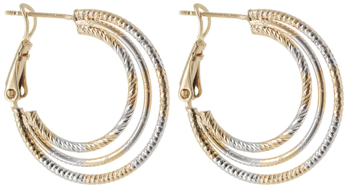 Серьги Taya, цвет: золотистый. T-B-11987Серьги с подвескамиМодные позолоченные серьги с английской застежкой омега оформлены элегантной алмазной гравировкой. Выполнены из соединения трех разных по размеру колец.