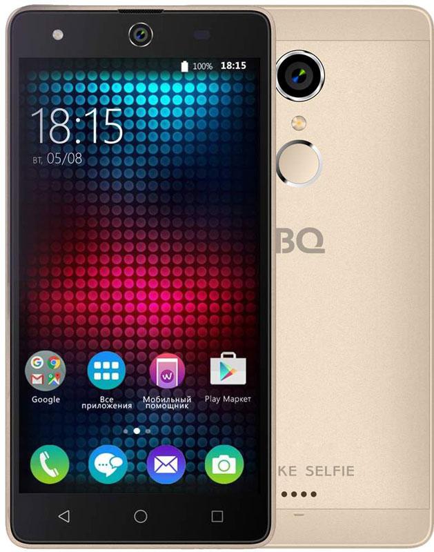 BQ 5050 Strike Selfie, Gold46611276Главная особенность BQ 5050 Strike Selfie - 13-мегапиксельная фронтальная камера со вспышкой и автофокусом, предназначенная для создания умопомрачительного качества селфи-фотографий, что, несомненно, порадует всех любителей селфи.Кроме этого смартфон работает на базе современной операционной системы Android 6.0. Благодаря работе этой версии ОС смартфон BQS-5050Strike Selfie справляется с мультизадачными приложениями намного быстрее своих конкурентов. Устройство оснащено современным четырехъядерным процессором MediaTek MT6580. Он без труда справится с самыми сложными задачами, легко откроет тяжелые игры и ресурсоёмкие приложения. Общение в социальных сетях и мессенджерах, серфинг любимых развлекательных сайтов с BS 5050 Strike Selfie будет только в радость. Оперативная память составляет 1 ГБ, встроенная память для хранения любимых фильмов, формата HD, игр, книг и фотографий – 8 ГБ. Кроме этого память устройства можно расширить до 64 ГБ с помощью карты памяти формата microSD, поэтому у вас не будет проблем с хранением нужного контента.Стильный алюминиевый корпус смартфона является прекрасным дизайнерским решением, которое придаст индивидуальности владельцу BQ 5050Strike Selfie.Смартфон сертифицирован EAC и имеет русифицированный интерфейс меню и Руководство пользователя