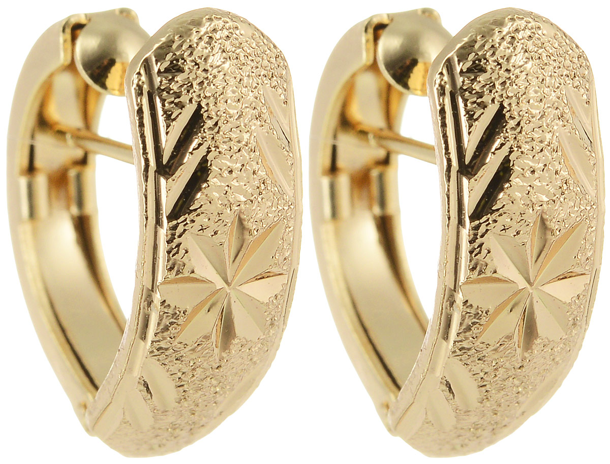 Серьги Taya, цвет: золотистый. T-B-11994Серьги-кольцаМодные позолоченные серьги Taya имеют итальянскую застежку. Модель оформлена декоративной резьбой с узором.