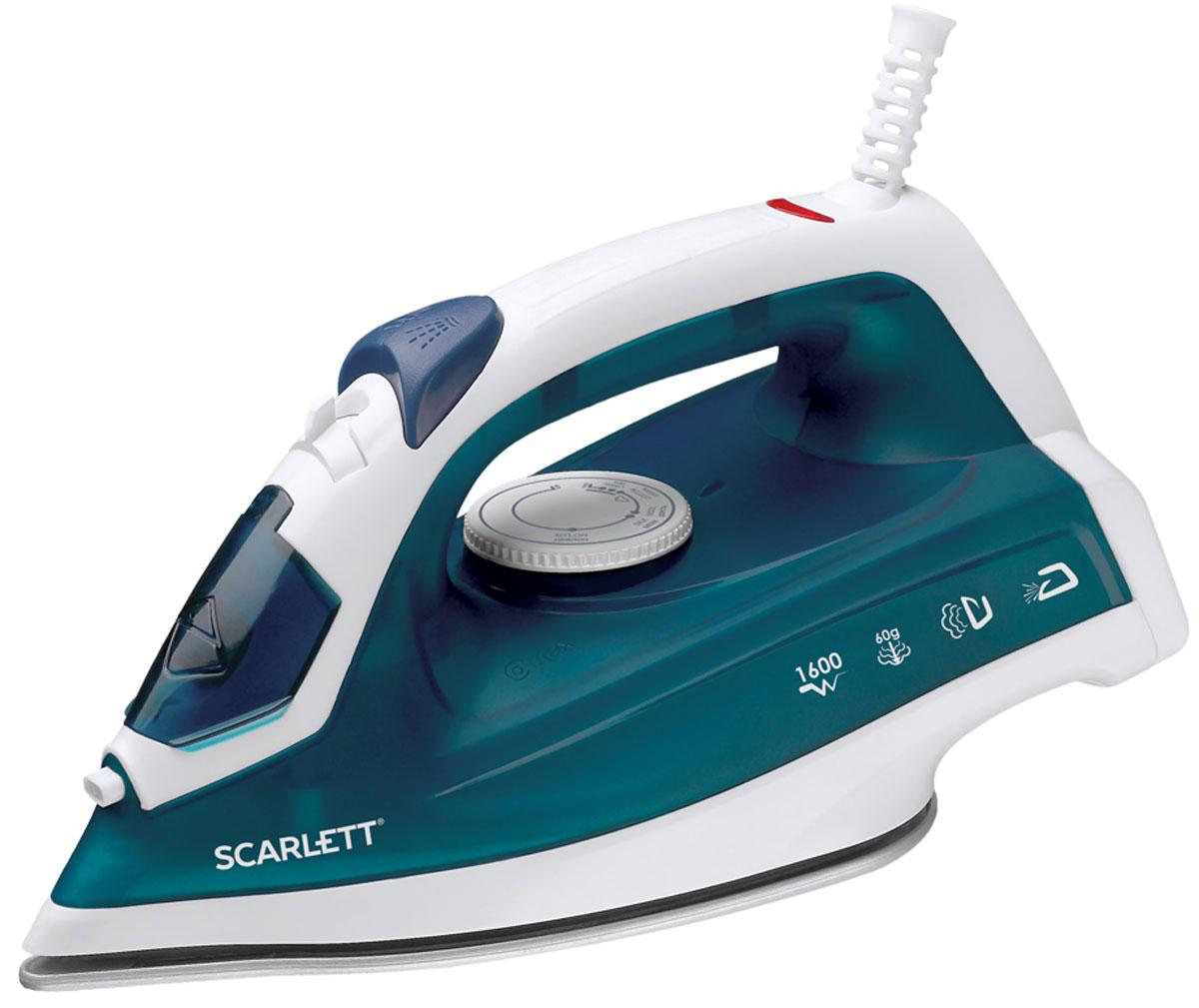 Scarlett SC-SI30P07, Dark Green утюгSC-SI30P07Утюг Scarlett SC-SI30P07 приятно порадует легким скольжением и увеличенным количеством паровых отверстий (43 реальных паровых отверстия). Это позволяет быстро и максимально аккуратно проглаживать различные виды ткани.Данная модель имеет плавную регулировку, позволяющую эффективно справляться с деликатной одеждой. Предусматривается вместительный резервуар для воды на 200 мл.Подошва SimplePro имеет повышенные антипригарные свойства, быстро нагревается и не требует сложного ухода. Она оснащена удобным желобком для пуговиц.