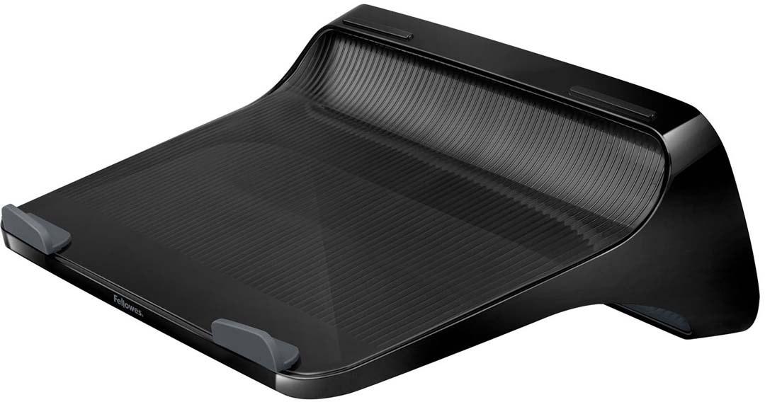 """Fellowes I-Spire Series, Black подставка для ноутбукаFS-94724Подставка для ноутбука с диагональю до 17 серии I-Spire. Приподнимает экран ноутбука на уровень глаз, тем самым снижая напряжение в области плечевого пояса и шеи. Эффективно защищает ноутбук от перегрева благодаря эргономичной форме с изгибами. Нескользящая поверхность обеспечивает устойчивое положение портативного ПК на подставке. Подходит для ноутбуков до 17"""", весом до 6 кг.Размер подставки: В110 х Ш327 х Г230 мм.Поставляется в сборе.Гарантия 1 год"""