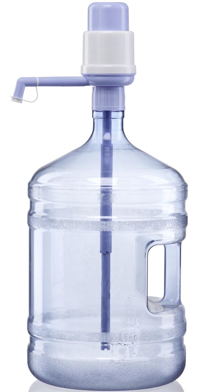 HotFrost A5 помпа для воды1752Помпа HotFrost A5 - это простое устройство для розлива воды комнатной температуры. Надевается прямо на бутыль. Подача воды осуществляется за счёт создания насосом помпы избыточного давления воздуха в бутыли. Воду дает порционно - при каждом нажатии на кнопку насоса. Подходит для розлива воды из 19-ти, 5-ти и 8-ми литровых бутылей. Корпус помпы изготовлен из пластика.