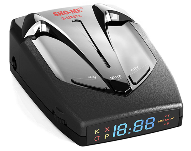 Sho-Me G-520 STR радар-детекторG-520 STRРадар-детектор нового поколения Sho-Me G-520 STR делает процесс вождения более комфортным, предупреждая о контроле скорости на участке. Актуальная прошивка обеспечивает наилучший баланс между чувствительностью и отсутствием ложных срабатываний, а с помощью GPS-приемника устройство оповещает о безрадарных комплексах и маломощных радарах. Регулярные обновления базы радаров и камер позволяют пользователю быть уверенным в получении самой актуальной информации.Уверенное детектирование всех актуальных диапазонов (К, Ultra K, X, Ultra X, Ка) и лазерных сигналовЗаблаговременное детектирование сигналов комплекса Стрелка (на расстоянии до 1,2 км)GPS-приемник, с помощью которого определяются безрадарные комплексы и маломощные радары, внесенные в базу камер прибора, среди них – Автодория, Робот и прочиеВозможность дополнения базы камер и внесения точек пользователя (POI) в память прибораУникальные функции, которые реализуются благодаря GPS-антенне: отслеживание скорости ТС и пройденной дистанции, часы, компас, отсечение ложных срабатываний при низких скоростяхВыбор уровня чувствительности (низкий, средний, высокий)Режимы Город/ТрассаВозможность отключения диапазоновАвтоматическое приглушение звукаИнформационный яркий LED дисплейГолосовое оповещениеЗапоминание настроекЭргономичный дизайн, корпус из высококачественного пластика