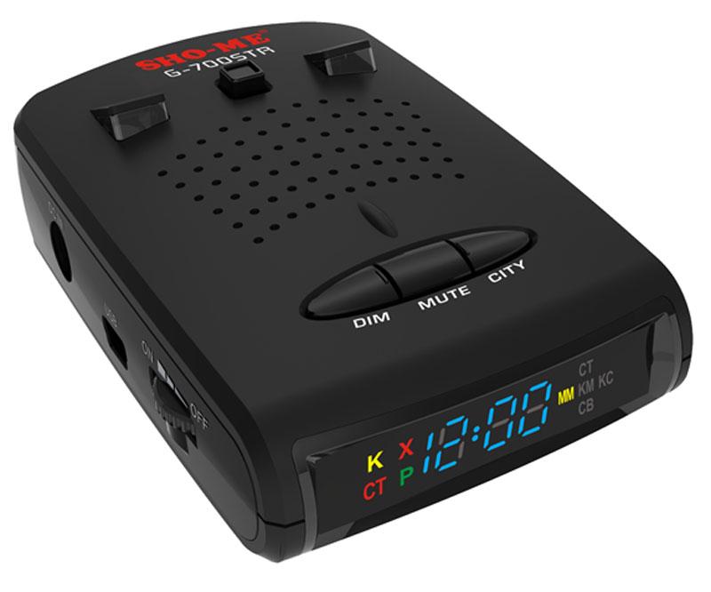 Sho-Me G-700 STR радар-детекторG-700 STRРадар-детектор Sho-Me G-700 STR с ярким светодиодным дисплеем, специально разработан для использования в России и странах СНГ! Оснащен GPS модулем с занесенными в базу координатами камер видеофиксации и малошумных радаров, а именно: Стрелка-СТ/М, Автодория, Кордон, Робот, Искра, Бинар, Визир, Арена, Крис, Радис, Беркут, Сокол, ЛИСД 2Ф и АМАТА.При разработке G-700 STR Sho-Me придерживались концепции разумного минимализма. Основной задачей было создание доступного по цене радар-детектора для ещё большей популяризации радар-детекторов с GPS-модулем.Надежный, простой с интуитивно, понятной навигацией, удобный в обращении радар-детектор. Имеет голосовое оповещение на русском языке. Возможность выборочного отключения диапазонов для оптимизации быстродействия процессора и снижения ложных срабатываний детектора. Обладает высоким качеством сборки, а так же долговечным корпусом.У данной модели есть USB-порт, через который можно загружать базу камер и радаров по GPS-точкам по России и по странам СНГ.G-700 STR дважды контролирует пространство примерно за 700-900 м перед машиной — с помощью детектора радаров и GPS-приемника. Первые же тесты показали, чем выгодно отличается новая версия РД: теперь он видит только работающие радары Стрелка, а муляжи или отключенные комплексы отмечает GPS-модуль.Детектирование всех полицейских радаровОбнаружение Стрелки за 1200 м обновленным встроенным модулемЯркий информативный дисплейУвеличенная чувствительность лазераВстроенный GPS-модульОпределение типа камеры и лимита скорости на контролируемом участкеВозможность обновления базы камер и прошивкиРегулировка уровня чувствительностиВозможность отключения диапазоновУменьшение ложных срабатываний за счет скоростных фильтровРасширенное меню настроек