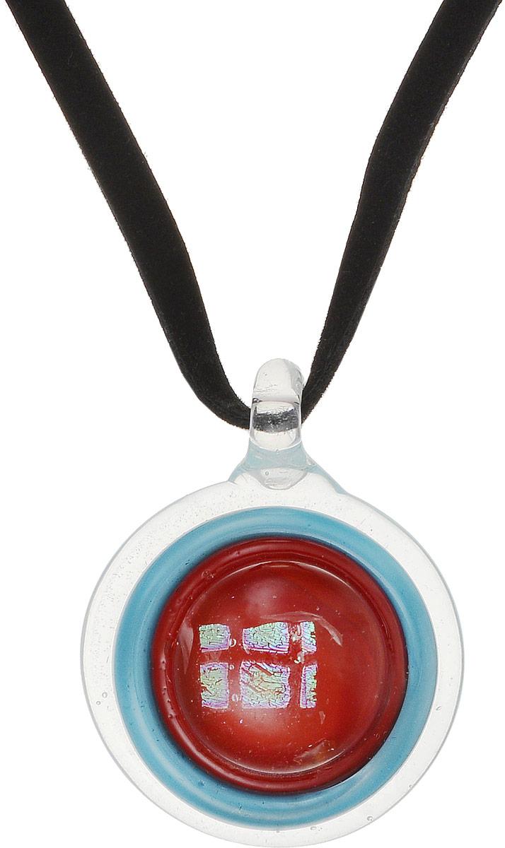 Кулон на шнурке Сильва. Муранское стекло, велюровый шнурок, ручная работа. Murano, Италия (Венеция)Брошь-кулонКулон на шнурке Сильва.Муранское стекло, велюровый шнурок, ручная работа.Murano, Италия (Венеция).Размер:Кулон - диаметр 3,5 см.Шнурок - полная длина 48 см.Каждое изделие из муранского стекла уникально и может незначительно отличаться от того, что вы видите на фотографии.