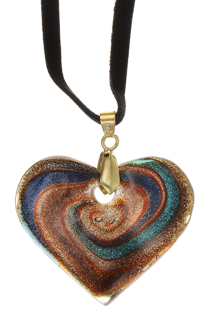 Кулон на шнурке Сердце. Муранское стекло, велюровый шнурок, ручная работа. Murano, Италия (Венеция)АромакулонКулон на шнурке Сердце.Муранское стекло, велюровый шнурок, ручная работа.Murano, Италия (Венеция).Размер:Кулон - 4 х 3,5 см.Шнурок - полная длина 48 см.