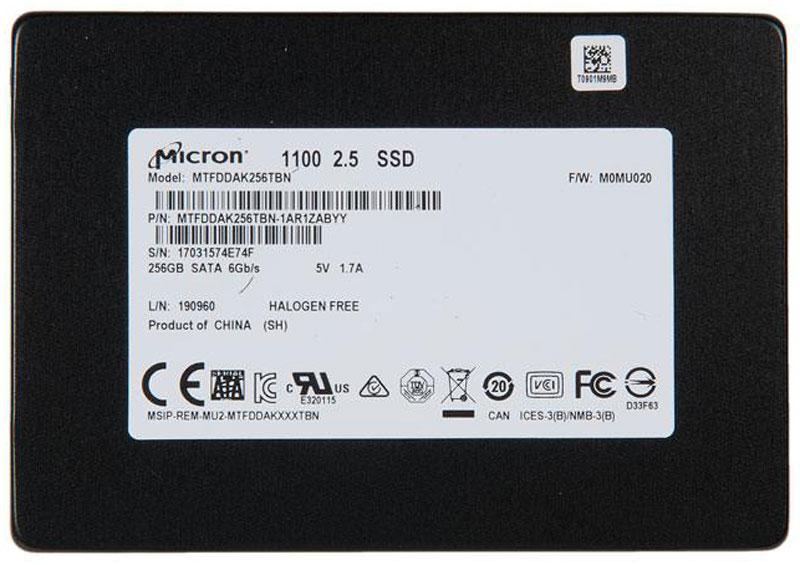 Crucial Micron 1100 256GB SSD-накопитель (MTFDDAK256TBN-1AR1ZABYY)MTFDDAK256TBN-1AR1ZABYYВнутренний SSD-накопитель Crucial Micron 1100 – ультратонкая модель, которая может устанавливаться не только в настольные компьютеры, но также в портативные рабочие станции, ноутбуки и другие подобные устройства.В производстве накопителя применяется технология TLC 3D NAND. Особая конструкция ячеек памяти обеспечивает мгновенный доступ к информации, позволяя получить скорость записи до 500 Мб/с и скорость чтения до 530 Мб/с. Кроме того, она делает их очень надежными, повышая суммарный объем записываемых данных (TBW) в 5 раз по сравнению со средним показателем в отрасли.Минимальное энергопотребление в режиме ожидания помогает существенно снизить нагрузку на батарею портативного устройства, увеличив продолжительность его автономной работы.Поддержка современных методик шифрования исключает несанкционированный доступ к важным данным даже при краже или потере девайса.Время наработки на отказ: 1500000 ч