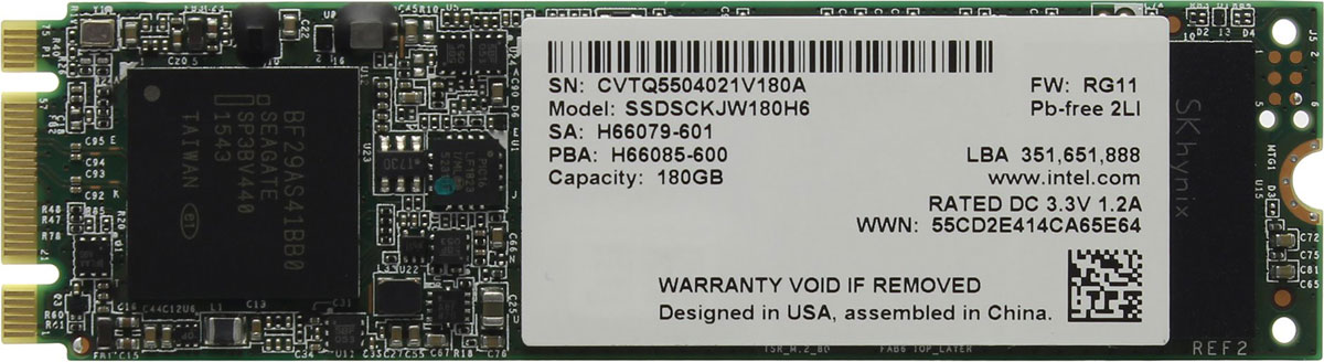 Intel 535 Series 180GB SSD-накопитель (SSDSCKJW180H601)SSDSCKJW180H601SSD-накопитель Intel 535 Series станет хорошим решением для создания системного диска. Операционная система, установленная на представленную модель, станет загружаться и работать существенно быстрее по сравнению со стандартными механическими жесткими дисками.Обмен данными осуществляется посредством распространенного интерфейса SATA III. Система вашего ПК сможет еще быстрее записывать данные на жесткий диск, а ваши файлы будут быстрее откликаться на запросы.Накопитель Intel 535 Series изготавливается с использованием технологии MLC, способной обеспечить максимальное быстродействие и надежность на весь срок эксплуатации.Форм-фактор М.2 позволяет устанавливать представленную модель в самые современные материнские платы.