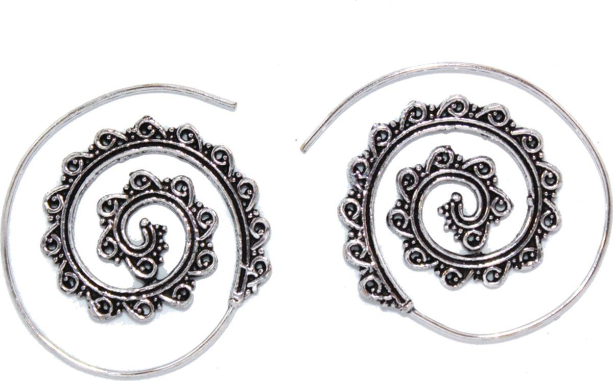 Серьги-каффы Ethnica, цвет: серебряный, белый. 2000042655099КаффыСерьги-каффы ручной работы Ethnica, выполненные из металла виде спирали, смотрятся очень стильно и колоритно. Это очень интересный аксессуар, который можно носить по-современному в качестве кафф, закручивающихся вокруг ушной раковины, или как оригинальные сережки в виде спирали.