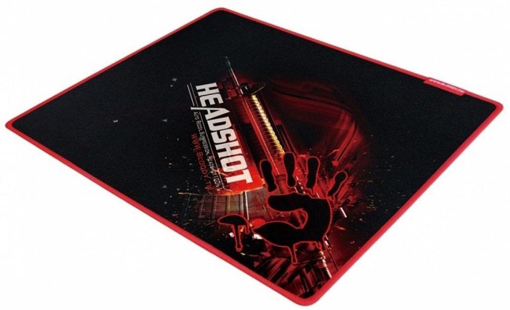 A4Tech Bloody B-070, Black Red игровой коврик для мышиB-070Игровой коврик A4Tech Bloody B-070 идеально подходит для скорости и контроля. Изготовлен из высококачественной резины с тканевым покрытием и обеспечивают лучшую управляемость мыши при любой ее чувствительности. Вы контролируете каждое свое действие самостоятельно! Игровой коврик имеет гладкую и текстурированную поверхность, что позволяет мыши скользить с высокой точностью.Мягкий и гибкий коврик легко скрутить и взять с собой. Гладкая поверхность для быстрого и точного движения мыши. Края прошиты защитной ниткой красного оттенка для высокой износостойкости.