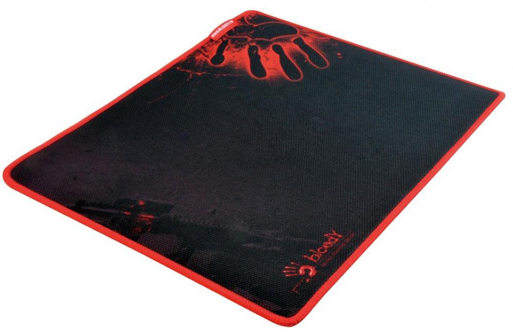 A4Tech Bloody B-081, Black Red игровой коврик для мышиB-081Игровой коврик A4Tech Bloody B-081 идеально подходит для скорости и контроля. Изготовлен из высококачественной резины с тканевым покрытием и обеспечивают лучшую управляемость мыши при любой ее чувствительности. Вы контролируете каждое свое действие самостоятельно! Игровой коврик имеет гладкую и текстурированную поверхность, что позволяет мыши скользить с высокой точностью.Мягкий и гибкий коврик легко скрутить и взять с собой. Гладкая поверхность для быстрого и точного движения мыши. Края прошиты защитной ниткой красного оттенка для высокой износостойкости.