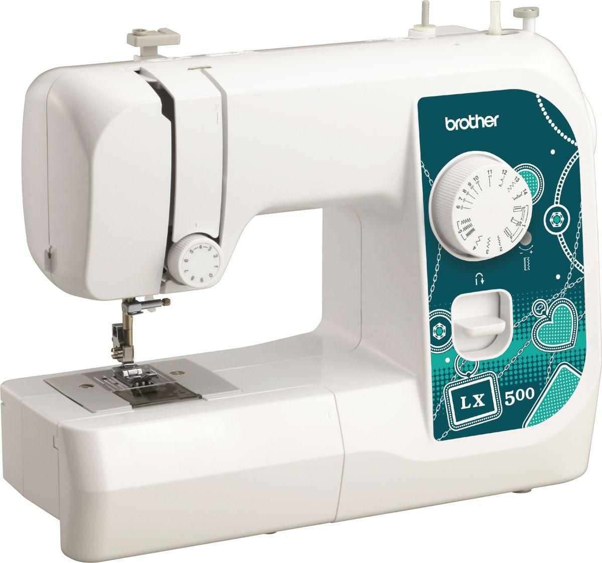Brother LX500 швейная машинаLX500Машина LX500 идеально подходит для выполнения основных швейных операций при изготовлении и ремонте одежды. Эта надежная машина имеет традиционный набор функций, который необходим для шитья.Особенности14 строчекГоризонтальный челнокОбметывание петель в 4 приемаАвтоматическая намотка шпулькиДва направления шитья (вперед и назад) LED освещениеСвободный рукав
