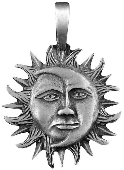 Амулет-тотем Гифтман №18 Солнце и Луна, материал: олово. Авторская работа. 71118Ожерелье (короткие многоярусные бусы)Амулет, талисман. Можно использовать в виде подвески либо в виде брелока.Награждает активностью, гармонией и успехом, открывает новые жизненные перспективы. Благодаря своему постоянному обновлению луна выступает в качестве символа женственности, а солнце - знаком стабильности и силы. Этот талисман ведет к положительным и благоприятным переменам, обеспечивает жизненный успех и раскрывает новые перспективы.