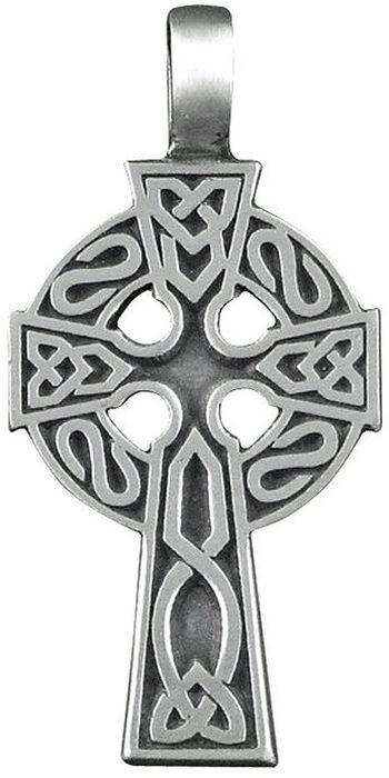 Амулет-тотем Гифтман №20 Кельтский крест, материал: олово. Авторская работа. 71120Брошь-кулонАмулет, талисман. Можно использовать в виде подвески либо в виде брелока.Дарует мудрость, освещает жизненный путь, защищает в трудных ситуациях. Крест - как ось, соединяет реальный и потусторонний миры, поэтому он развивает сверхъестественные способности - ясновидение, телепатию и телекинез. Eго обладателя часто посещает вдохновение, которое освещает ему путь. Кроме того, он служит охранным оберегом от всех болезней и защитой в случае беды.