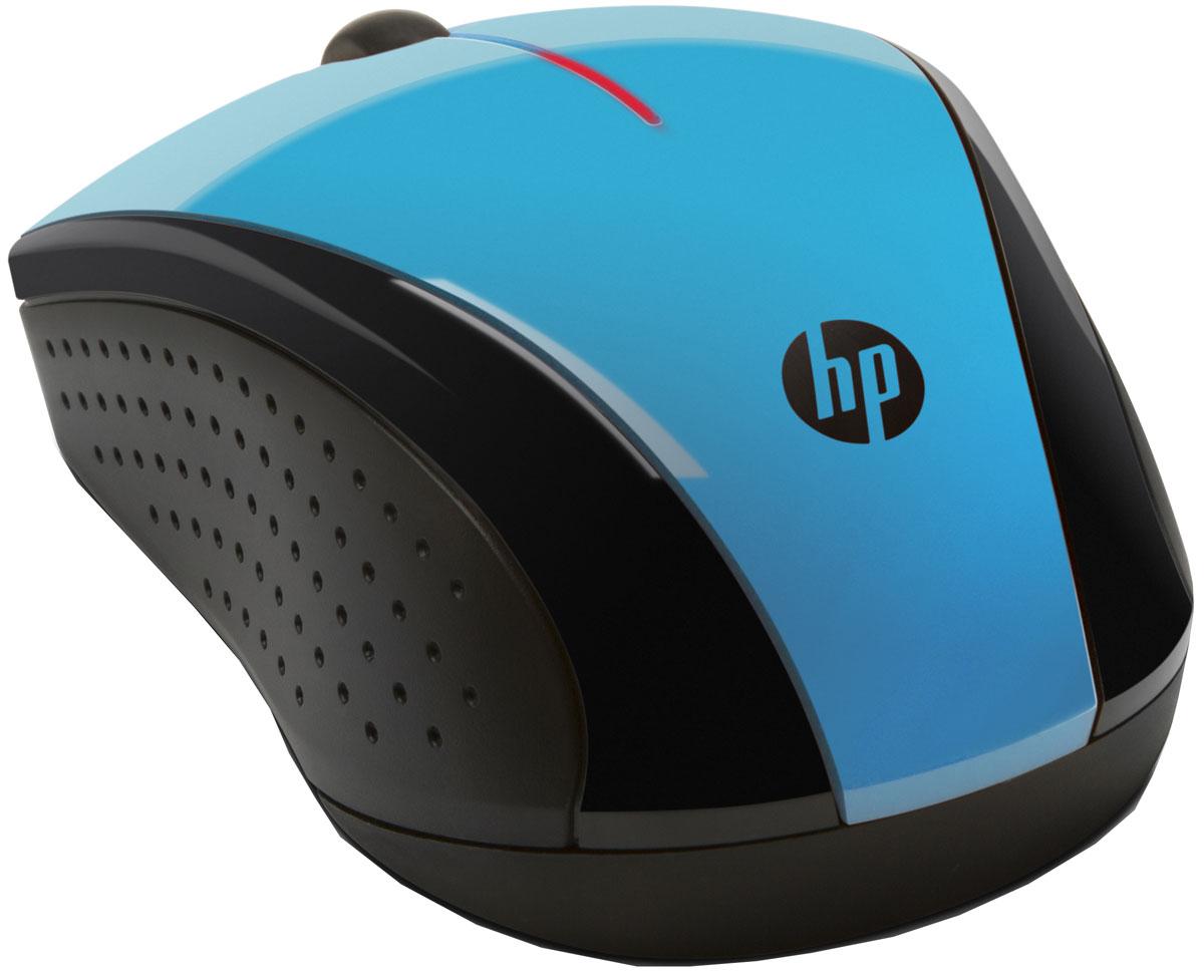 HP X3000, Light Blue мышьk5d27aaЭлегантная и современная мышь HP X3000 немедленно придаст самый стильный вид любому рабочему месту. Глянцевая черная и металлическая серая отделка придает изысканности. Кроме того, изогнутый силуэт создает притягательное впечатление.Беспроводная мышь HP X3000 оснащена всеми новейшими технологиями, которые могут быть вам необходимы. Беспроводное соединение 2,4 ГГц позволит ощутить настоящую свободу. Срок службы батареи до 12 месяцев. Колесо прокрутки позволяет перемещаться по веб-страницам и документам мгновенно. Оптический датчик работает на различных поверхностях.