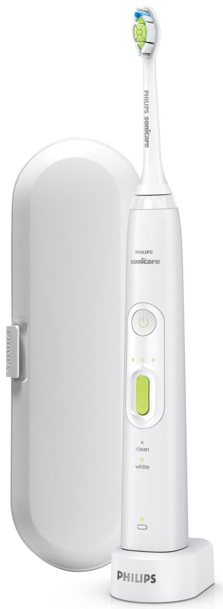Philips HealthyWhite+ HX8911/02 звуковая зубная щеткаHX8911/02Не нужно отказываться от любимых продуктов, чтобы сохранить красивую и здоровую улыбку! Philips разработали для вас безопасное решение для ежедневного ухода за полостью рта — зубная щетка на аккумуляторах Philips HX8911/02 для отбеливания зубов. Доказано, что щетка удаляет до 100 % больше налета, позволяя добиться белоснежной улыбки всего за 1 неделю.Зубная щетка Philips HX8911/02 удаляет до 100 % больше потемнений с поверхности эмали. DiamondClean — это лучшие чистящие насадки Sonicare для отбеливания зубов. Щетинки средней жесткости в форме ромба бережно и эффективно удаляют налет. Электрическая зубная щетка Philips Sonicare обеспечивает исключительное очищение и более эффективное отбеливание зубов по сравнению с обычными зубными щетками.2-минутный режим Clean (Чистка) обеспечивает эффективное удаление налета (время чистки, рекомендованное стоматологами). Режим White (Отбеливание) удаляет потемнения с поверхности эмали, отбеливает и полирует зубы. Борется с налетом от кофе, чая, табака и красного вина. Отбеливает зубы на 2 тона всего за две недели.Зубная щетка Philips HX8911/02 предлагает 6 вариантов чистки путем сочетания одного из 2 режимов (режимы Clean (Чистка) и White (Отбеливание)) с одним из 3 уровней интенсивности для максимального комфорта и эффективной чистки зубов.Philips HX8911/02 удаляет в 7 раз больше налета в труднодоступных местах по сравнению с обычной зубной щеткой. Эта щетка гарантирует оптимальную чистку межзубных промежутков и чистку вдоль линии десен, улучшает состояние десен всего за две недели. Превосходно справляется с чисткой труднодоступных мест и удаляет значительно больше налета по сравнению с обычной зубной щеткой.Таймер с 30-секундным интервалом сообщает об окончании чистки каждого квадранта полости рта и подает сигнал для перехода к следующему, в результате чего чистка выполняется более тщательно.Эта электрическая зубная щетка Philips HX8911/02 оснащена таймером на две ми