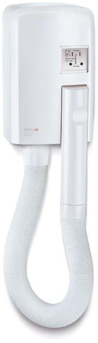 Valera Hotello Shaver, White фен832.01/RTНастенный фен сo шлангом. Мощность 1200 Вт. Мощный воздушный поток благодаря новому дизайну воздушного модуля; автоматическое включение при снятии с держателя; автоматическое отключение после 8 минут непрерывной работы; ненагревающаяся вращающаяся рукоятка Cool touch; растягивающийся шланг (до 1.2 м); розетка для бритвы 110-120 В и 220-240 В; разделительный трансформатор для безопасности; легкий настенный монтаж без необходимости вскрытия корпуса; два способа подключения к электрической сети: прямое подключение к электрической сети или подключение к розетке.