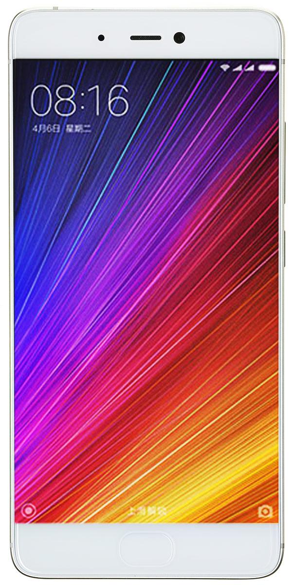 Xiaomi Mi 5S 64GB, Gold (MI5S64GBGL)MI5S64GBGLГлавная особенность Xiaomi Mi 5S - это чувствительная камера, которая позволяет делать исключительные большие фотографии и днем и ночью.Фотосъемка - это искусство света, чем больше чувствительный элемент камеры, тем большее количество света он может вместить, и тем лучше качество изображения. Выбрав на данный момент самый большой чувствительный элемент Sony IMX378, размер которого составляет 1/2.3 дюйма, Xiaomi позволили каждому пикселю снимков быть насыщенным самой разнообразной цветовой информацией.Секрет заключается в гигантских пикселях размером в 1.55 мкм, которые могут сохранить большее количество разнообразных деталей и насыщенных цветов. Даже при темном освещении вы сможете сделать фотографию с четким разделением цветовых уровней и красивыми светотеневыми переходами.Большой чувствительный элемент размером в 1/2.3 дюйма увеличит количество проникающего света до 177%, что позволит каждому большому пикселю наполниться разнообразной цветовой информацией. Все это сделает ваши фотографии более детальными и богатыми в цвете и позволит делать фотографии даже при плохом освещении.Xiaomi Mi 5S оснащен ультразвуковым сканером отпечатков 3D. Как только палец коснется зоны распознавания - 10000 микросейсмических датчиков с высокой точностью отсканируют трехмерные особенности отпечатка и вместе с тем позволят вам насладиться приятной поверхностью смартфона.Настоящий монстр по техническим характеристикам - процессор Snapdragon 821. Xiaomi использовали процессор нового поколения Snapdragon 821 от компании Qualcomm. Необыкновенная скорость позволит вам по-новому насладиться скоростью смартфона.Оригинальный ультразвуковой сканер отпечатков пальцев, технология бесконтактной оплаты NFC, быстрый интернет 4G +, чувствительный к силе нажима сенсорный дисплей с высокой яркостью, достигающей 600 нит. Множество разнообразных усовершенствований значительно улучшат ваш опыт использования смартфона. При повышении производительности возрастае