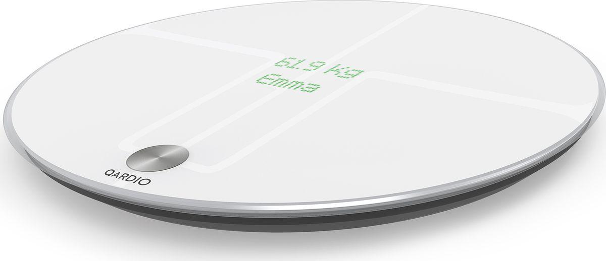 Цифровые весы QardioBase Wireless Smart Scale B100-IOW, цвет: белыйB100-IOWQardioBase - это элегантные умные весы, которые измеряют вес, индекс массы тела (ИМТ) и полный набор показателей, определяющих состав тела. Данные измерений отображаются на скрытом дисплее устройства и передаются в защищённое облако по Wi-Fi или напрямую в смартфон по Bluetooth Smart. Затем данные можно проанализировать в локализованном приложении Qardio, наметить целы по весу и составу тела, отслеживать прогресс и делиться данными с семьёй и другими адресатами, например с лечащим врачом.Дизайн иной, чем у другихМногие весы похожи друг на друга. Но не Qardio. Элегантный дизайн QardioBase позволит вписать их в любой интерьер, а уникальный скрытый дисплей добавляет хай-тек нотки в минималистичный облик весов.Простота настройки и использованияQardioBase могут синхронизироваться с удобным русифицированным приложением Qardio App напрямую при подключении по BluetoothSmart или через защищенное облако, будучи подключенными к вашей домашней Wi-Fi сети. При первом запуске, приложение встретит вас удобной и понятной пошаговой инструкцией на русском языке, что позволит быстро настроить весы и начать ими пользоваться буквально, достав их из коробки.Всесторонний анализ вашего здоровьяВесы Qardio точно измеряют вес (в килограммах, фунтах или стоунах), ИМТ (Индекс массы тела) и раскрывает полную картину в отношении состава тела: процентное содержание жировой ткани, мышечную и костную массу, а также водный баланс. Теперь вы будете знать все о своем теле, а не только вес.Режим беременностиЭтот специальный режим создан специально для будущих мам, чтобы они могли отслеживать прогресс в развитии плода неделя за неделей. При этом можно к каждому измерению добавлять фото, чтобы запомнить каждый новый шаг на этом счастливом пути. В процессе измерений QardioBase всегда будут вам улыбаться :-)Инновационный режим Smart FeedbackИли антропоморфная обратная связь. Ни одни другие весы не оснащены таким мотивирующим инструм