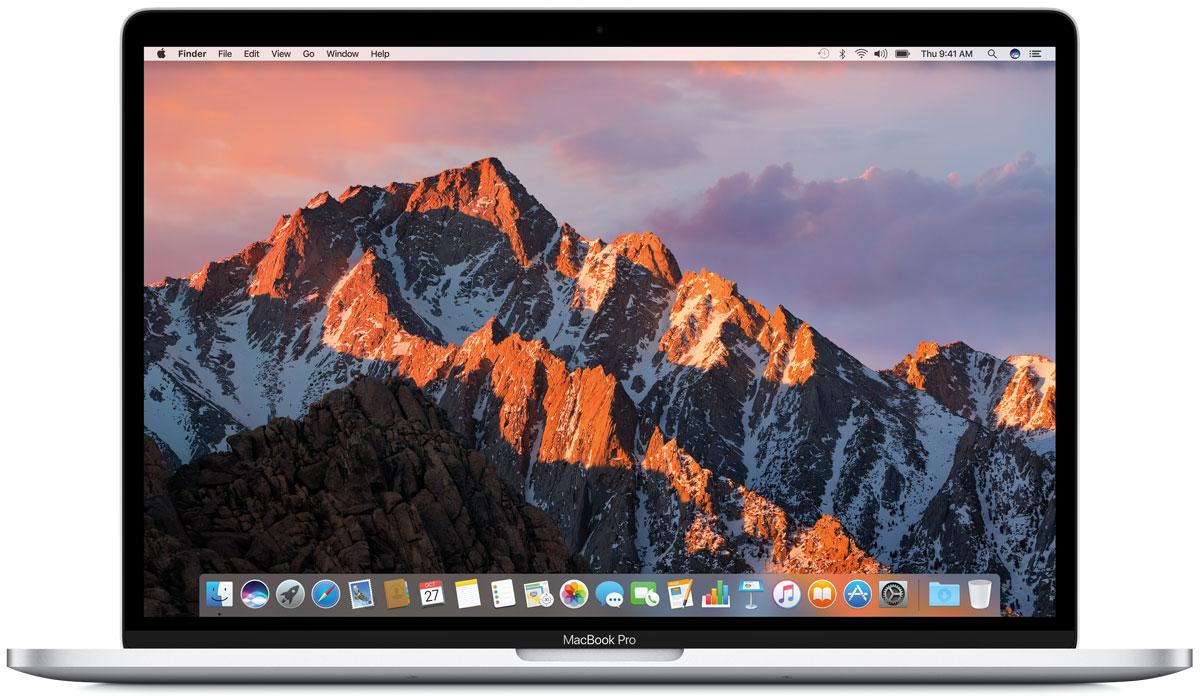 Apple MacBook Pro 15.4, Silver (MPTV2RU/A)MPTV2RU/AApple MacBook Pro стал ещё быстрее и мощнее. У него самый яркий экран и лучшая цветопередача среди всех ноутбуков Mac.Новый MacBook Pro задаёт совершенно новые стандарты мощности и портативности ноутбуков. Вы сможете воплотить любую идею, ведь в вашем распоряжении самые передовые графические процессоры и накопители, невероятная вычислительная мощность и многое, многое другое.MacBook Pro оснащён SSD-накопителем со скоростью последовательного чтения до 3,1 ГБ/с, что значительно превосходит характеристики предыдущего поколения. И память встроенных накопителей работает быстрее. Всё это позволяет мгновенно запускать систему, управлять множеством приложений и работать с большими файлами.Благодаря процессорам Intel Core 6-го поколения, MacBook Pro демонстрирует невероятную производительность даже при выполнении самых ресурсоёмких задач, таких как рендеринг 3D-моделей или конвертация видео. А когда вы выполняете простые задачи, например, просматриваете сайт или работаете с электронной почтой, устройство способно снизить расход энергии.Корпус нового MacBook Pro стал тоньше, производительность значительно выросла, но вы по-прежнему сможете пользоваться компьютером без подзарядки целый день.Чем тоньше ноутбук, тем меньше в нём места для охлаждения. Поэтому для отвода тепла в MacBook Pro применяется целый ряд инновационных технологий. Охлаждение происходит эффективнее, чем в предыдущих моделях, за счёт усиления воздушного потока при выполнении ресурсоёмких задач. Например, когда запущена игра со сложной графикой, идёт монтаж видео или копируются большие файлы.MacBook Pro оснащён лучшим в истории Mac экраном. Повышенная яркость LED-подсветки и улучшенная контрастность позволили добиться более глубоких чёрных и более ярких белых цветов. Увеличенная апертура пикселей и переменная частота обновления сделали устройство более энергоэффективным по сравнению с моделями предыдущих поколений. Впервые ноутбук Mac поддерживает расширенный 