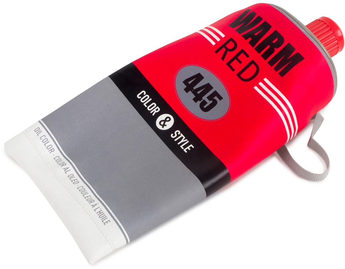 Сумка Balvi Color & Style, цвет: красный25856Уникальная сумка Color & Style, с виду напоминающая тюбик от зубной пасты, станет незаменимым аксессуаром в походе или поездке, а также в ежедневном использовании. Сумка довольно вместительная и отлично подойдет как взрослым для хранения туалетных принадлежностей, так и детям для школьных и канцелярских принадлежностей. Основной цвет сумки красный, что само собой обращает на себя внимание. Благодаря уникальному дизайну и цвету сумки вы никогда не потеряете ее среди других вещей. Практичная, яркая и удобная сумка Color & Style позаботится о ваших вещах.-Оригинальный дизайн сумочки в виде тюбика-Изготовлена из ПВХ-Подойдет как взрослым, так и школьникам