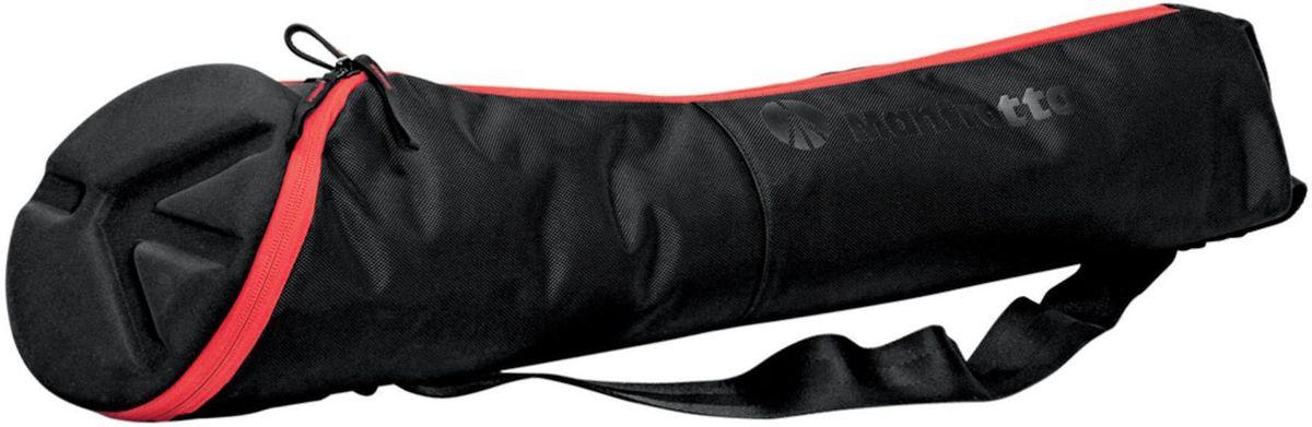 Manfrotto MBAG80N, Black чехол для штативаMB MBAG80NMBAG80N — это легкая сумка без прокладки, созданная для защиты штатива с установленной на него головкой. Она имеет следующие отличия:• Асимметрично-коническая форма позволяет хранить штатив с присоединенной головкой. Ноги штатива удобно помещаются в более узкой стороне сумки.• Основная молния идет по всей длине сумки, огибая кольцом ее верхнюю часть, чтобы вы могли легко открыть и взять свой штатив.• Термоформированная прокладка защищает головку штатива при транспортировке.• Можно носить на входящем в комплект наплечном ремне.