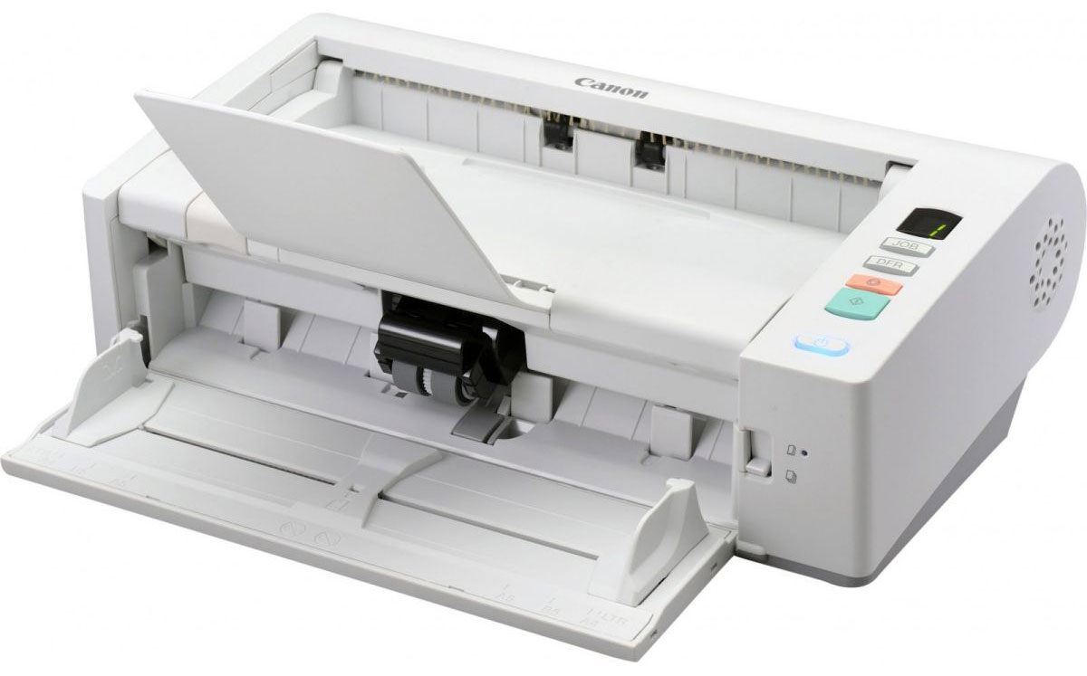 Canon imageFORMULA DR-M140, White сканер5482B003Сверхкомпактный Canon imageFORMULA DR-M140 — идеальный выбор в тех случаях, когда место ограничено: от загруженных офисов до узких прилавков, стоек регистрации и мест обслуживания клиентов. Переключаемый U-образный механизм подачи извлекает отсканированные документы через верхнюю крышку устройства. Когда DR-M140 не используется, он занимает так мало места, что его можно спокойно убрать в ящик стола.Впечатляющий Canon imageFORMULA DR-M140 обеспечивает полноцветное сканирование со скоростью до 40 страниц в минуту /80 изображений в минуту, с разрешением 300 точек на дюйм, что идеально подходит для обработки больших объемов бумажных документов, где требуется точность распознавания данных и классификации файлов.Разработанный на основе того же надежного механизма подачи бумаги, что и его предшественник, DR-M140 способен обеспечить до 6000 операций сканирования в день. Переключаемый U-образный или прямой тракт подачи бумаги обеспечивает легкое сканирование различных типов носителей, включая карты с тиснением, толстые и тонкие носители и документы трехметровой длины.Благодаря надежному механизму разделения DR-M140 обеспечивает одновременное сканирование документов разных форматов и плотности. Ультразвуковое определение двойной подачи быстро распознает неполадки подачи, а кнопка сброса двойной подачи позволяет игнорировать и продолжить сканирование в особых случаях, например, при сканировании конверта или документа с наклейкой.Canon imageFORMULA DR-M140 обладает новейшими функциями обработки изображений, каждый раз помогая достигать исключительных результатов. Такие функции, как автоматическое определение цветных оригиналов и автоматический выбор разрешения, гарантируют постоянное отличное качество изображений, а функция MultiStream адаптирует рабочие процессы для улучшения оптического распознавания символов.Canon imageFORMULA DR-M140 поставляется с превосходным набором ПО. Оно поддерживает сканирование с сохранением во множест