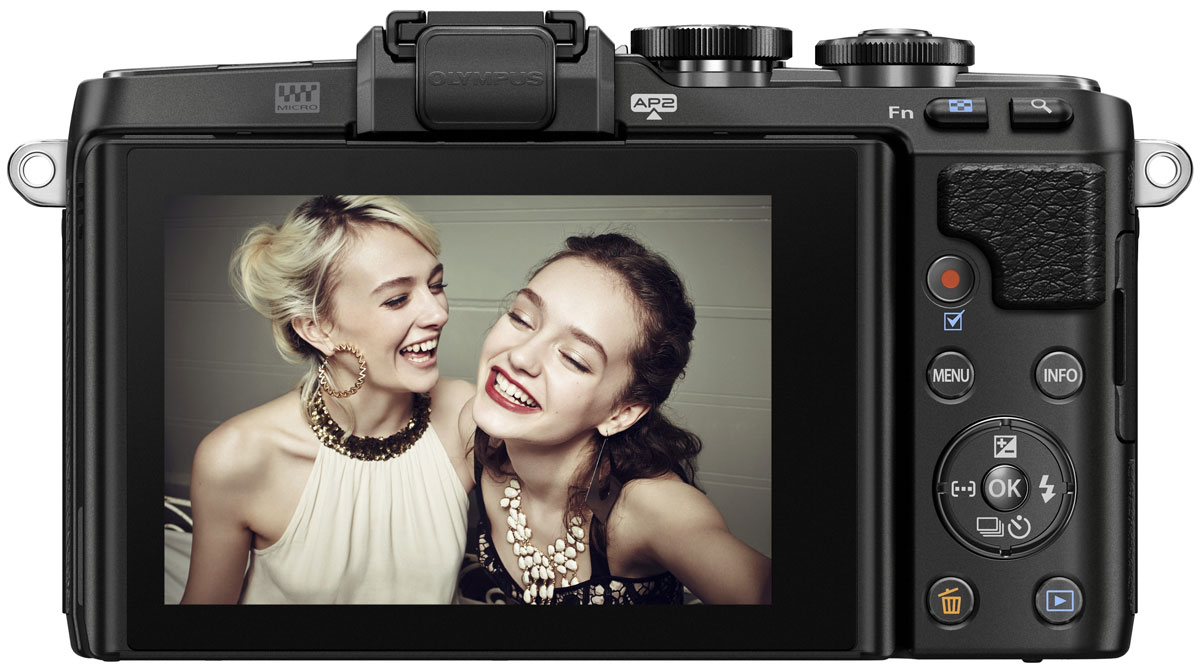 Olympus PEN E-PL7 Kit 14-42 EZ, Blackцифровая фотокамера Olympus