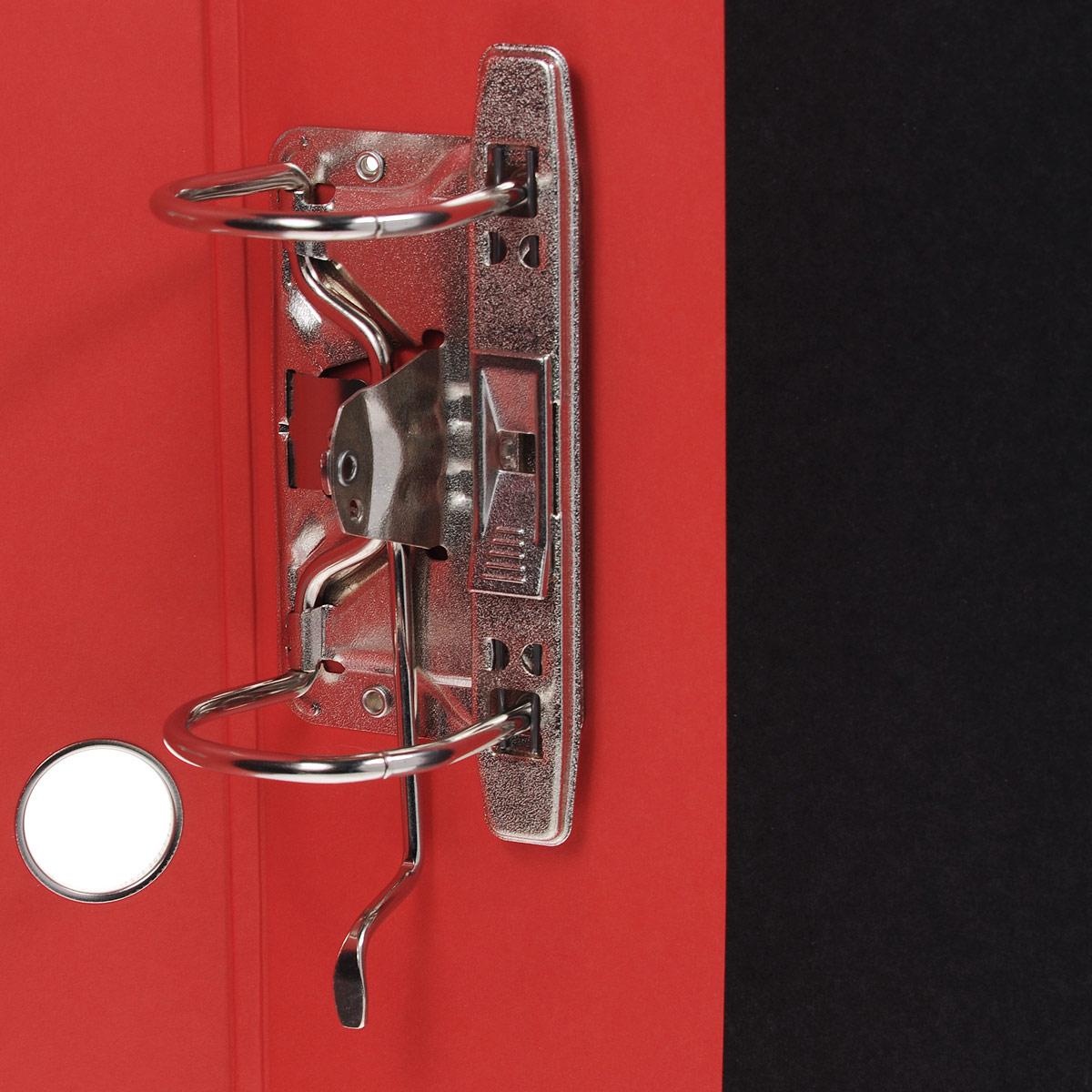 Красочная папка-регистратор Hatber iFresh!: Гранат пригодится в каждом офисе и доме для хранения больших объемов документов. Внешняя сторона папки выполнена из плотного ламинированного картона и оформлена увеличенным изображением зерен граната.Папка-регистратор оснащена надежным арочным механизмом крепления бумаги. Круглое отверстие в корешке папки облегчит ее извлечение с полки. Ширина корешка 5 см.