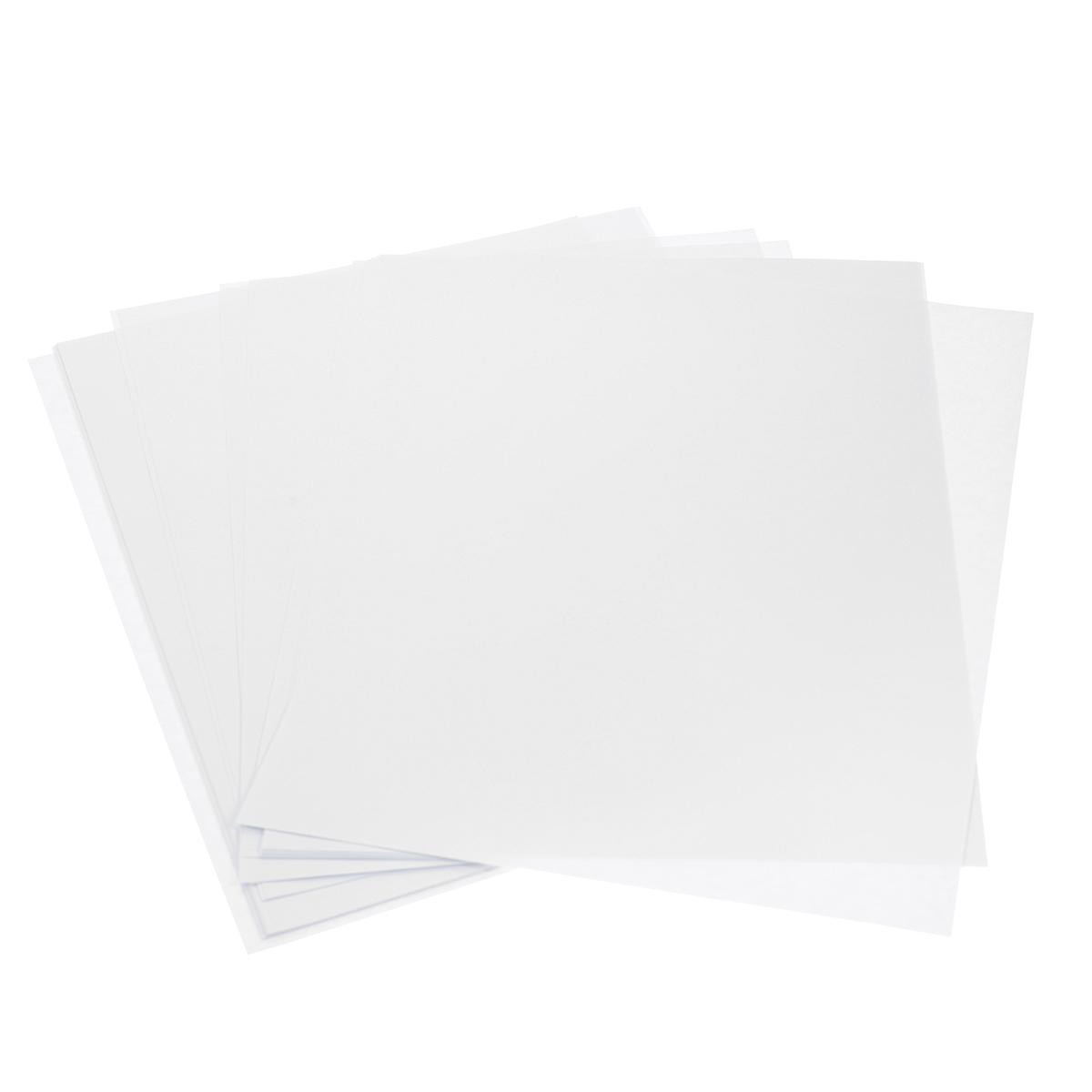 Бумага для акварели Альт предназначена для использования профессиональными художниками, дизайнерами, иллюстраторами. Высококачественная бумага, специально разработанная для письма акварелью.  Бумага соответствует всем стандартам качества и имеет плотность 160 г/кв м.